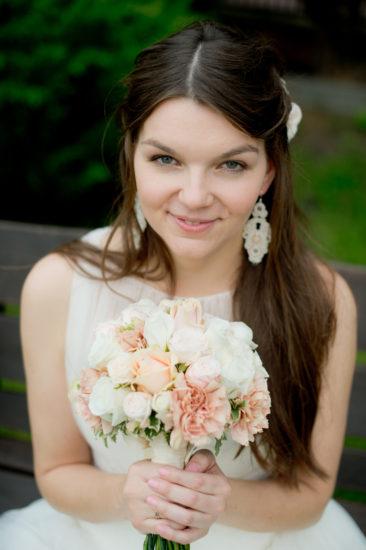 Katarzyna Gołębska, Kolczyki ślubne sutasz